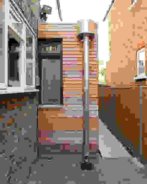 Front façade Minimalist houses by Francesco Pierazzi Architects Minimalist
