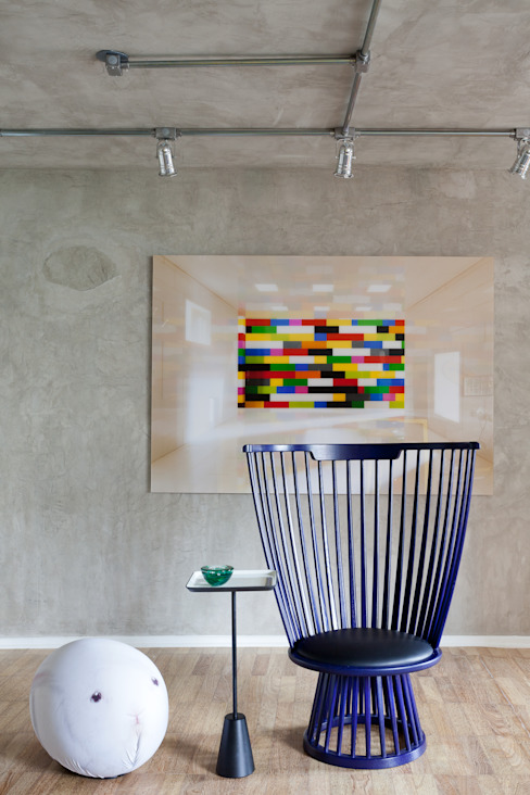 Dining room by Suite Arquitetos,