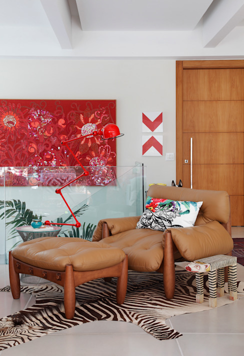 Living room by Escala Arquitetura , Eclectic