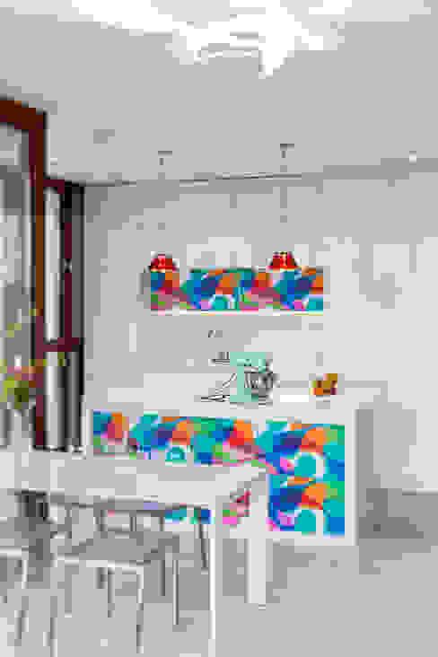 Apartament na Chodkiewicza: styl , w kategorii Kuchnia zaprojektowany przez MATELIER,Nowoczesny