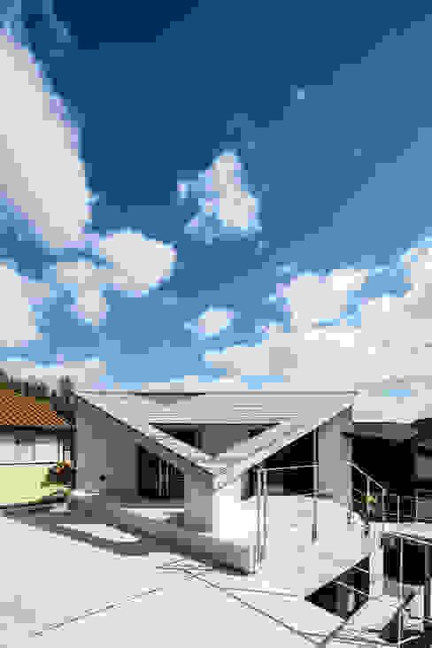 Modern houses by 建築設計事務所SAI工房 Modern