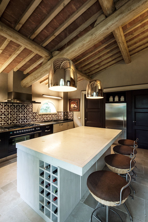 Kitchen by Miidesign, Mediterranean