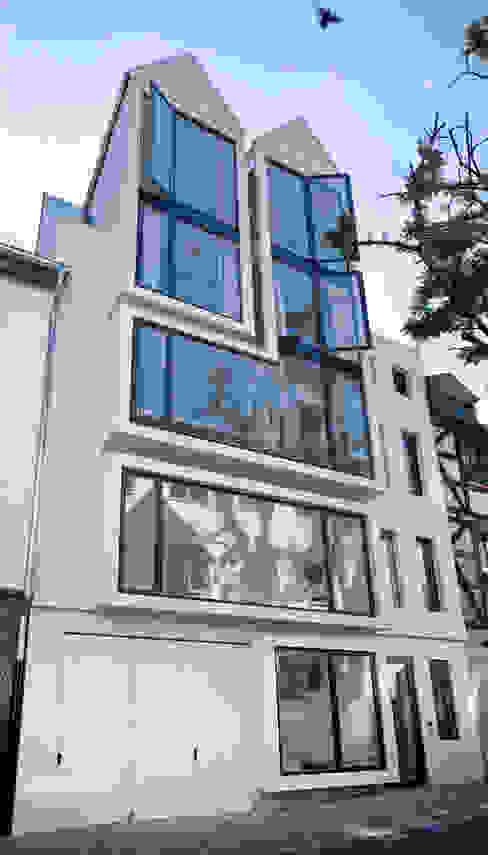 Modern houses by Marie-Theres Deutsch Architekten BDA Modern