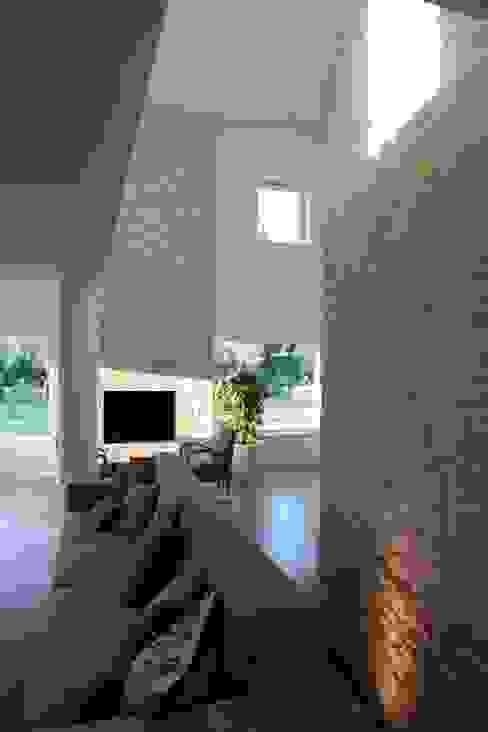 m12 architettura design غرفة المعيشة