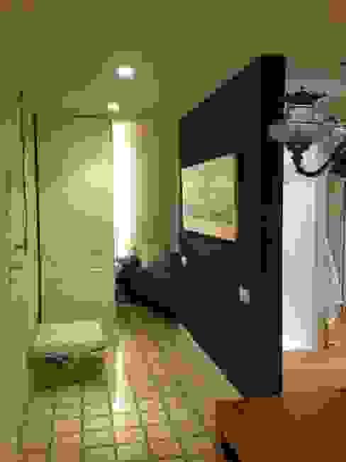 VIVENDA EIXAMPLE d LLOBET interiors Dormitorios de estilo moderno de homify Moderno