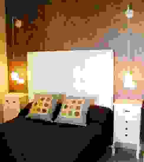 DORMITORIO Dormitorios de estilo colonial de Ámbar Muebles Colonial