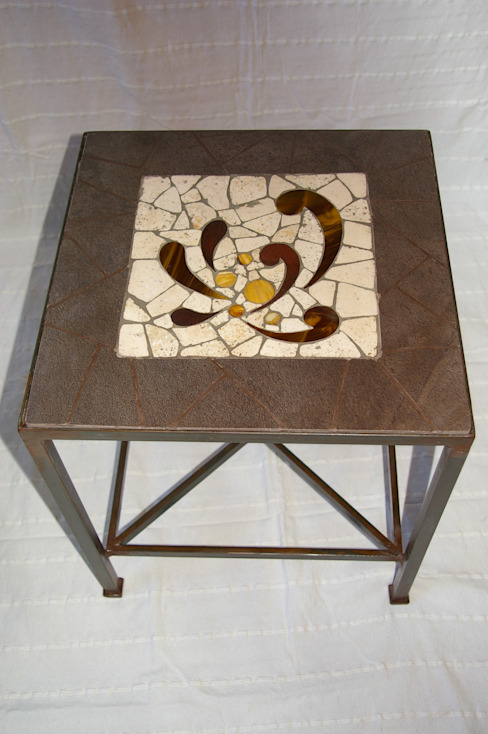 Mobilier par CREDEMO (CREation DEcoration MOsaique Éclectique