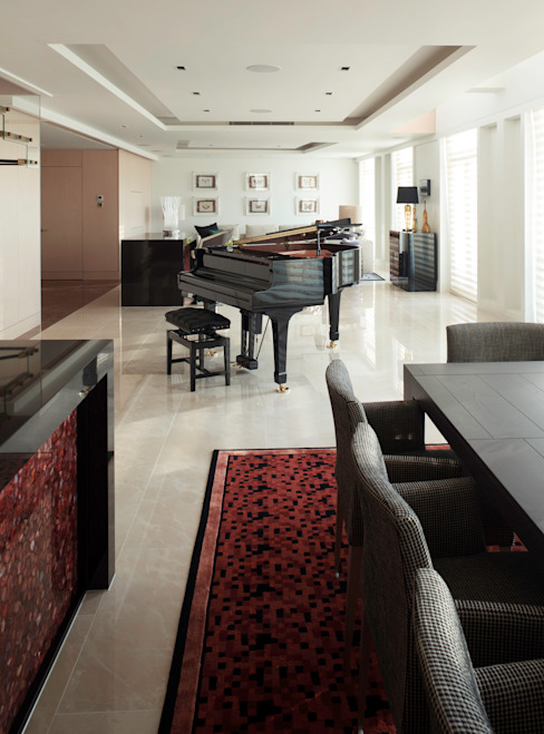 Luxury Private Apartment Modern home by Hartmann Designs Ltd Modern