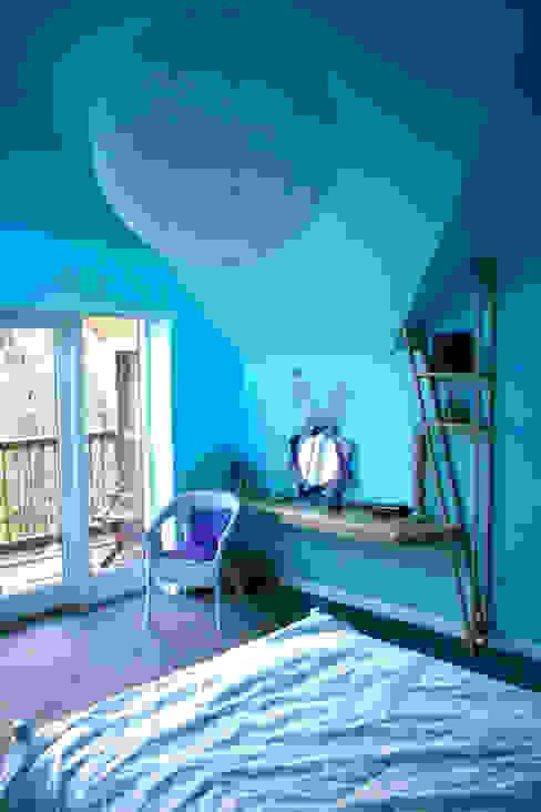Kaya House Dormitorios de estilo ecléctico de Kaya Design Ecléctico