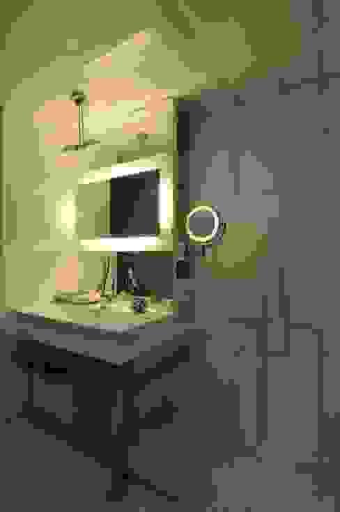Dream Modern bathroom by Mybeautifulife Modern