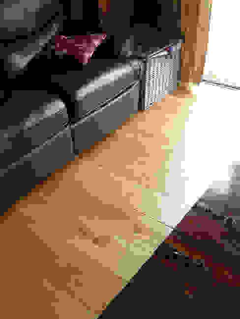 Walls & flooring by Fine Oak Flooring Ltd.,