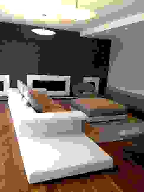 Résidence secondaire 300m² Salon moderne par LADD Moderne
