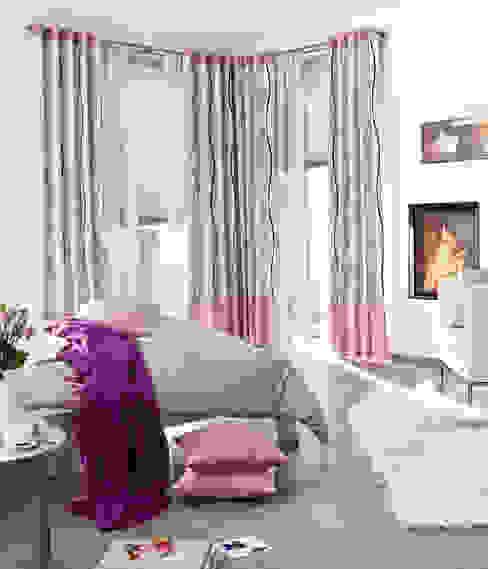 Elina - Vorhänge zum Zuziehen aus schwerentflammbaren Stoffen UNLAND International GmbH Moderne Hotels