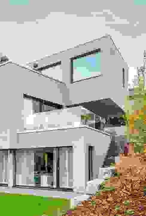 Modern Houses by Marty Häuser AG Modern