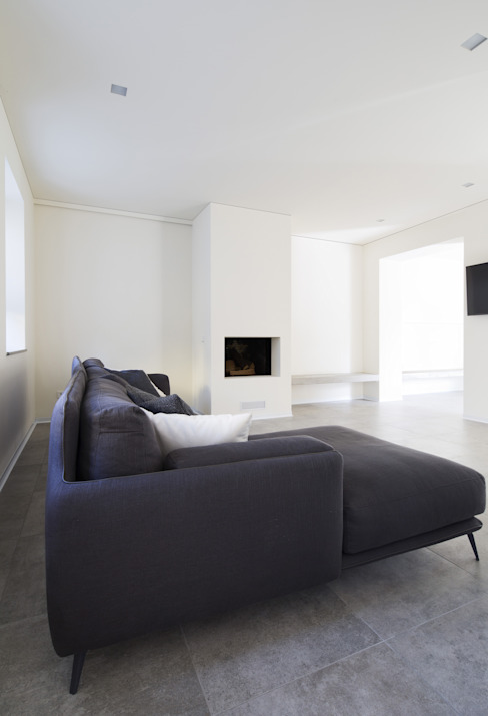 White Balance di AMC|Architects Minimalista