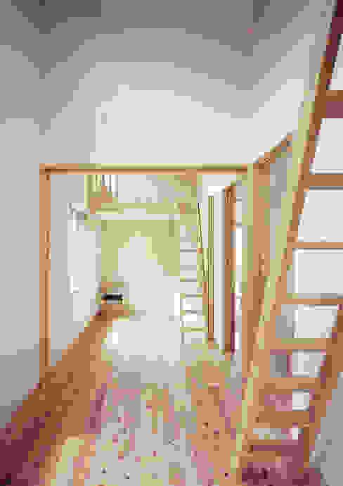 Modern Kid's Room by ㈱ライフ建築設計事務所 Modern
