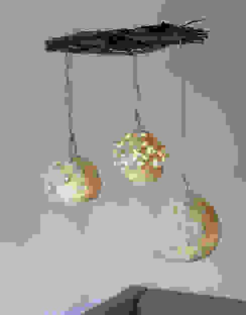 Botrykos felt lamp 2014 di Judith Byberg Scandinavo