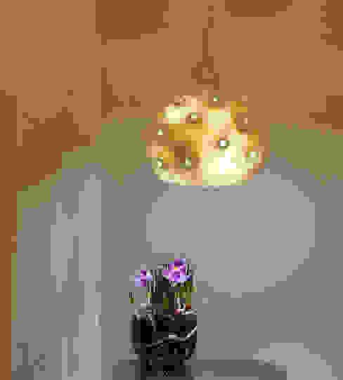 Bombulis felt lamp 2014 di Judith Byberg Scandinavo