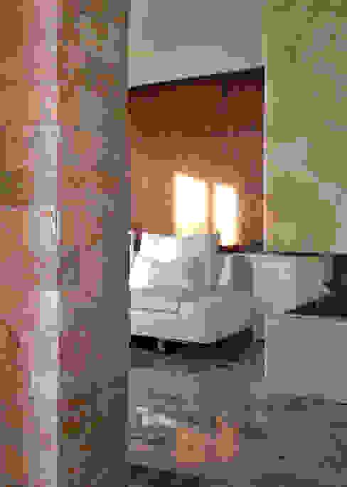 Salas de estar modernas por Andrea Girotto Architetto Moderno