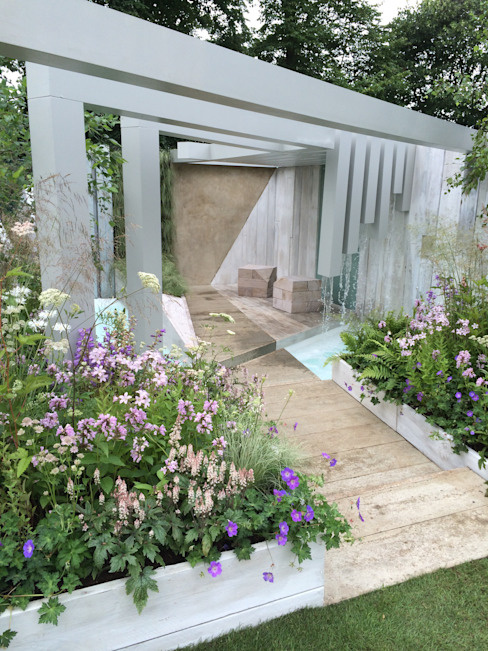 garden of solitude: modern  by Alexandra Froggatt Design, Modern