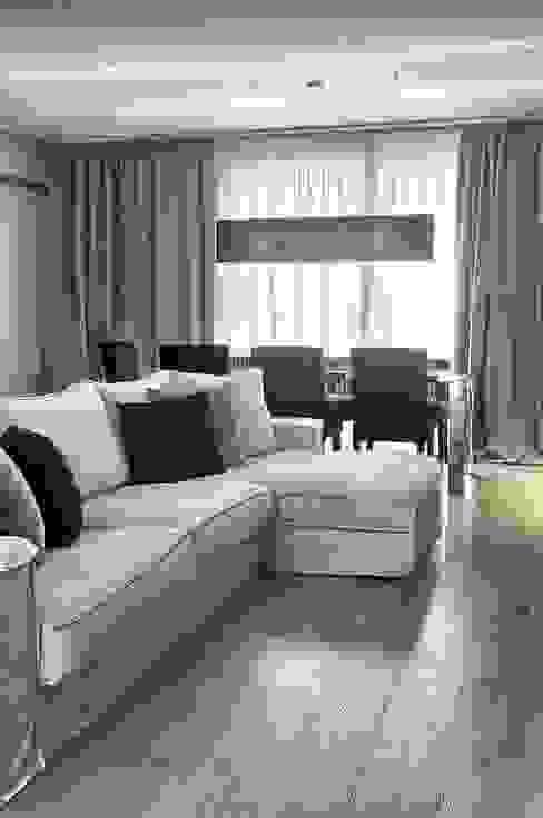 Гостиная в стиле модерн от STUDIO PAOLA FAVRETTO SAGL Модерн Дерево Эффект древесины