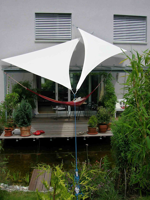 Balconies, verandas & terraces  by Textile Sonnenschutz- Technik