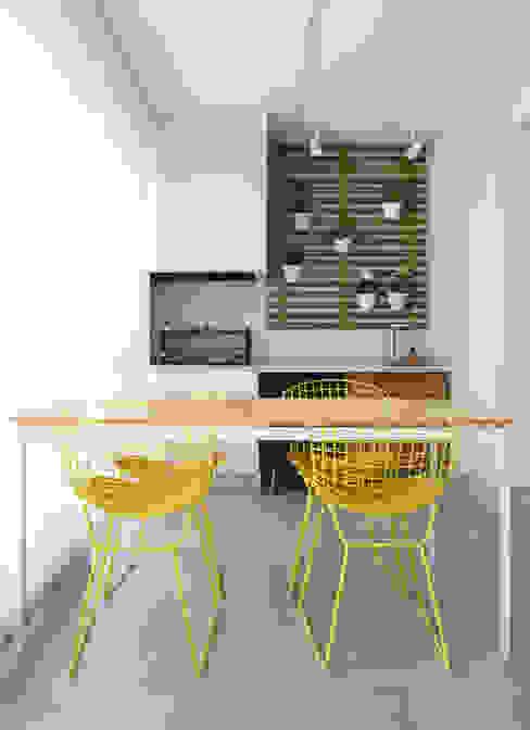 Moderner Balkon, Veranda & Terrasse von Decorare Studio de Arquitetura Modern