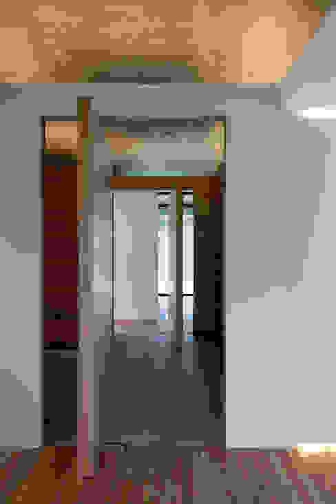 Duas casas em Monção JPL Arquitecto Janelas e portas modernas