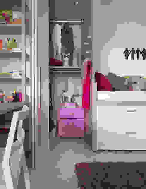 Nowoczesny pokój dziecięcy od MOBIMIO - Räume für Kinder Nowoczesny