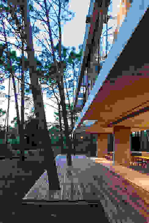 Balcon, Veranda & Terrasse modernes par ATV Arquitectos Moderne