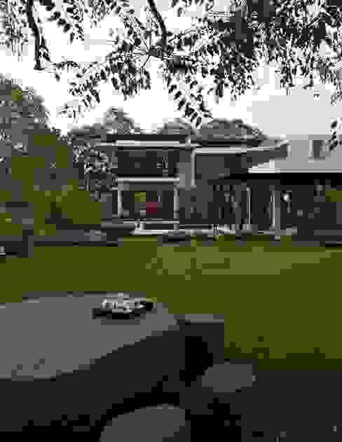 modern  by Hiren Patel Architects, Modern