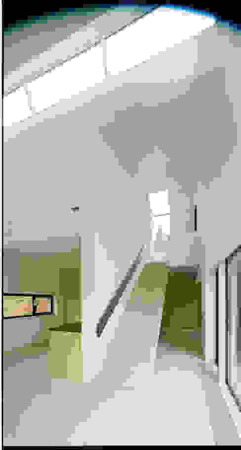 Salon moderne par F29 ARCHITEKTEN GMBH Moderne