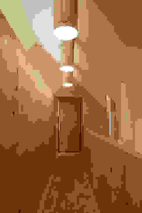 maison G Maisons minimalistes par Lode Architecture Minimaliste