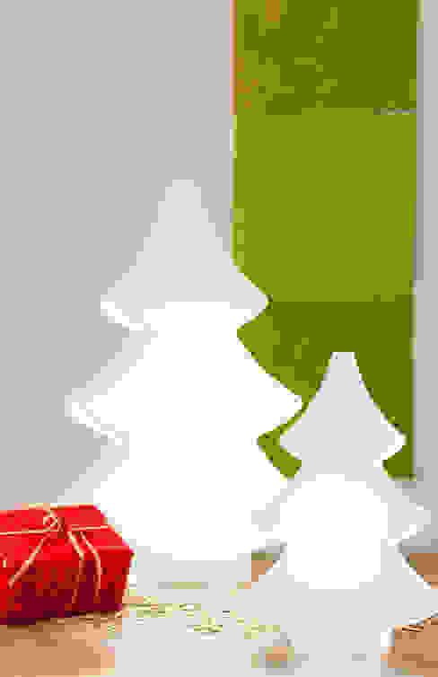 Shining Tree 2D: modern  von 8 seasons design GmbH,Modern