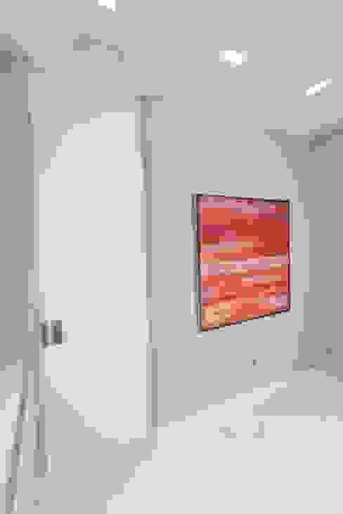 Puerta Clínica Dental de AZD Diseño Interior Moderno