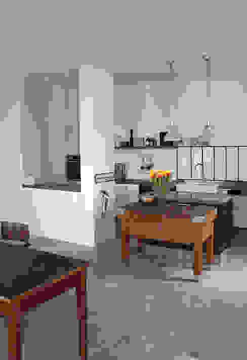 Cocinas de estilo industrial de Berlin Interior Design Industrial