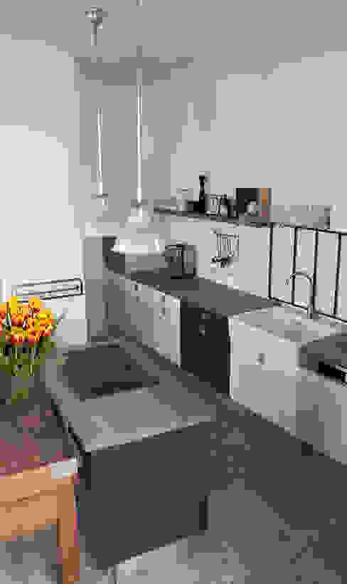 Wohnküche im Vintage-Look Industriale Küchen von Berlin Interior Design Industrial