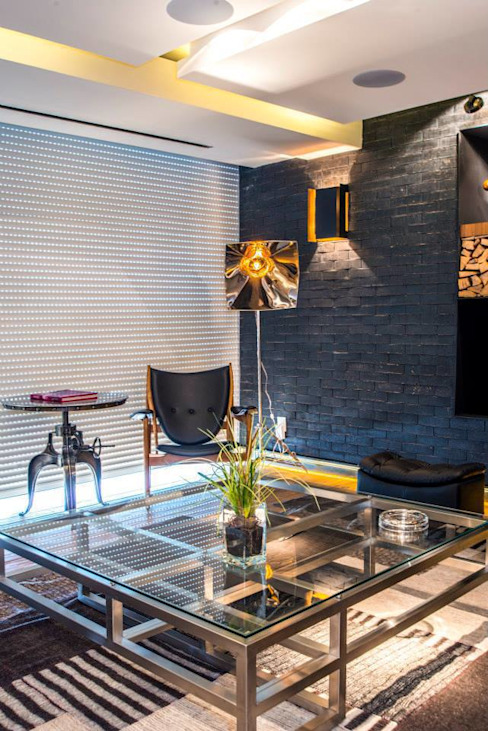 Eclectic style living room by Sobrado + Ugalde Arquitectos Eclectic
