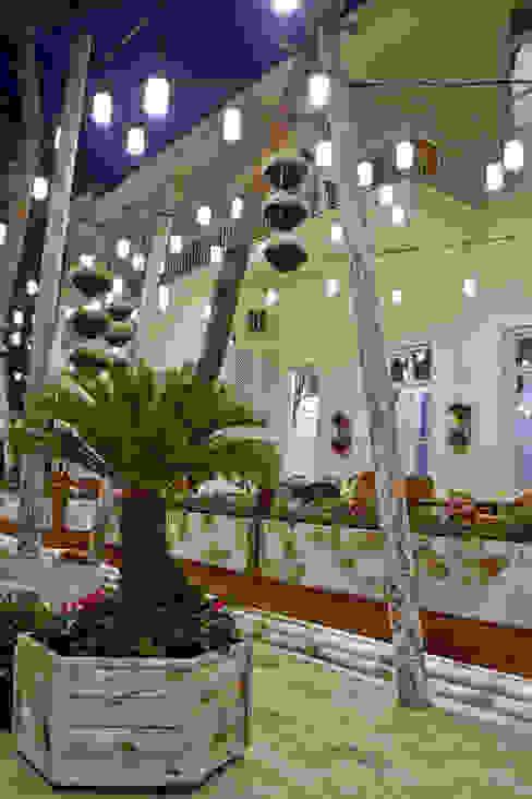Tavacı Recep Usta I Modern Bahçe CO Mimarlık Dekorasyon İnşaat ve Dış Tic. Ltd. Şti. Modern