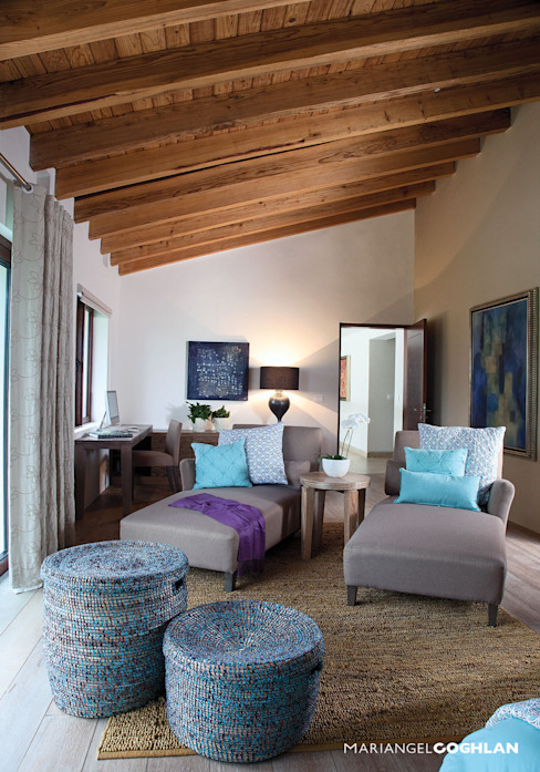 Modern Bedroom by MARIANGEL COGHLAN Modern