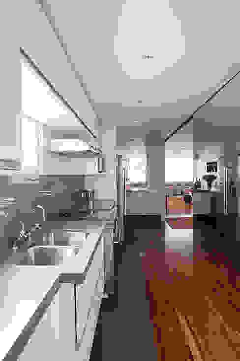 Projeto Cozinhas clássicas por BJG Decorações de Interiores Ltda Clássico