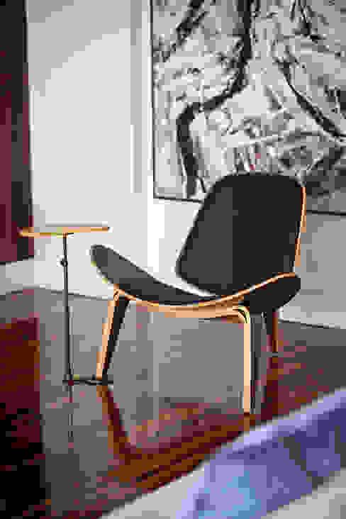 Salones clásicos de BJG Decorações de Interiores Ltda Clásico