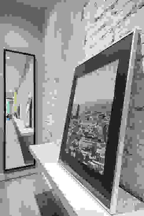Couloir, entrée, escaliers scandinaves par Dröm Living Scandinave