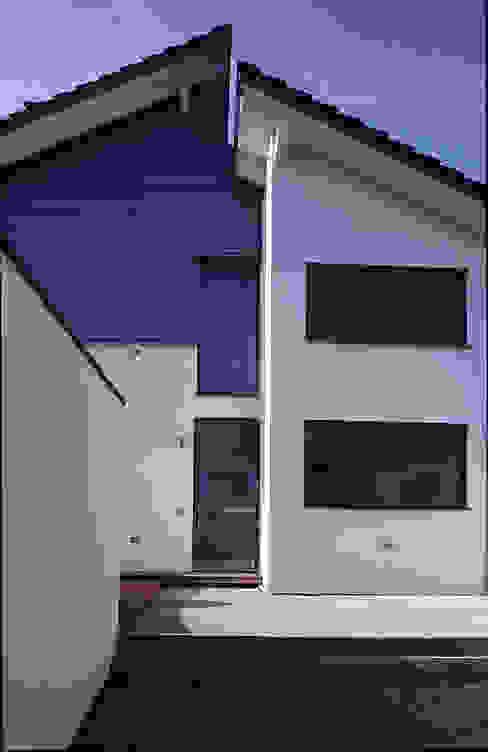 Einfamilienhaus in Allershausen Moderne Häuser von Herzog-Architektur Modern