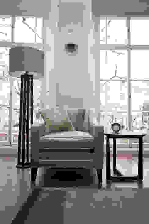 Furniture par Roselind Wilson Design Moderne