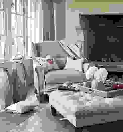 Salas de estilo  por Prestigious Textiles, Clásico