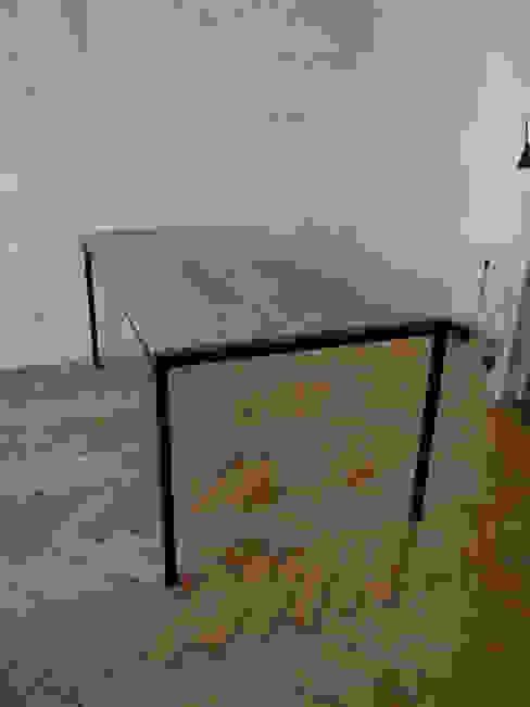 Eisenhauer Tisch: industriell  von ADUS.design  Inh. Manuel Pfahl,Industrial