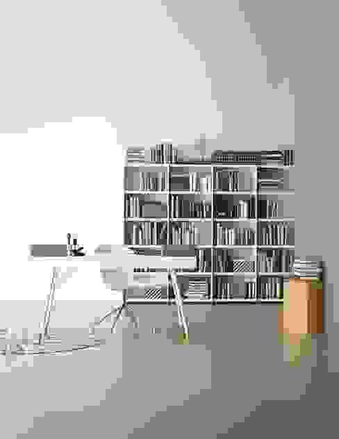 Nowoczesne domowe biuro i gabinet od BoConcept Germany GmbH Nowoczesny