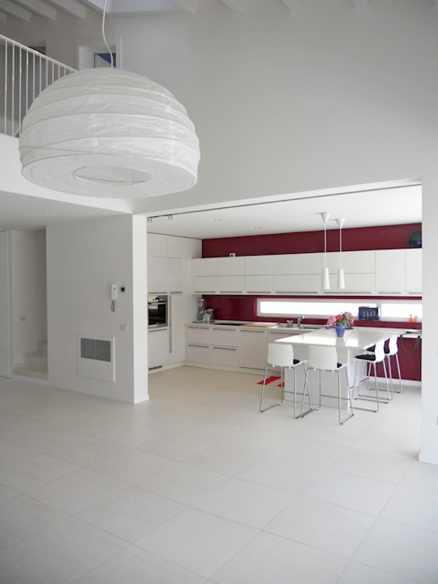 Modern kitchen by VALERI.ZOIA Architetti Associati Modern