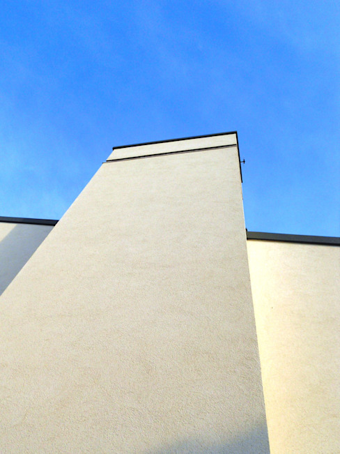 Modern houses by VALERI.ZOIA Architetti Associati Modern